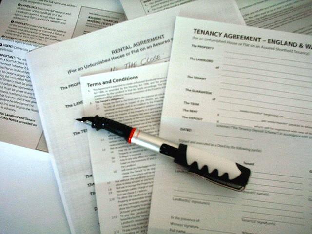 Jak podpisywać umowy najmu